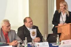 zľava: Viktor Kiss - predseda OZP v SR, Roman Laco - podpredseda OZP v SR, Jana Maškarová - 1. viceprezidentka PZ