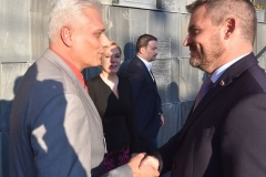 Viktor Kiss - predseda OZP v SR, Peter Pellegrini - predseda vlády SR